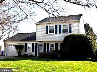 2325 Vale Court, WALDORF, MD 20602 (#MDCH205898) :: The Licata Group/Keller Williams Realty