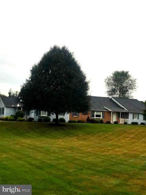 32 Strawberry Drive, CARLISLE, PA 17013 (#PACB116880) :: Pearson Smith Realty
