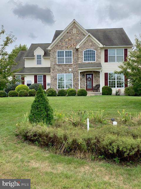 13 S Larkspur Drive, PALMYRA, PA 17078 (#PALN108646) :: John Smith Real Estate Group