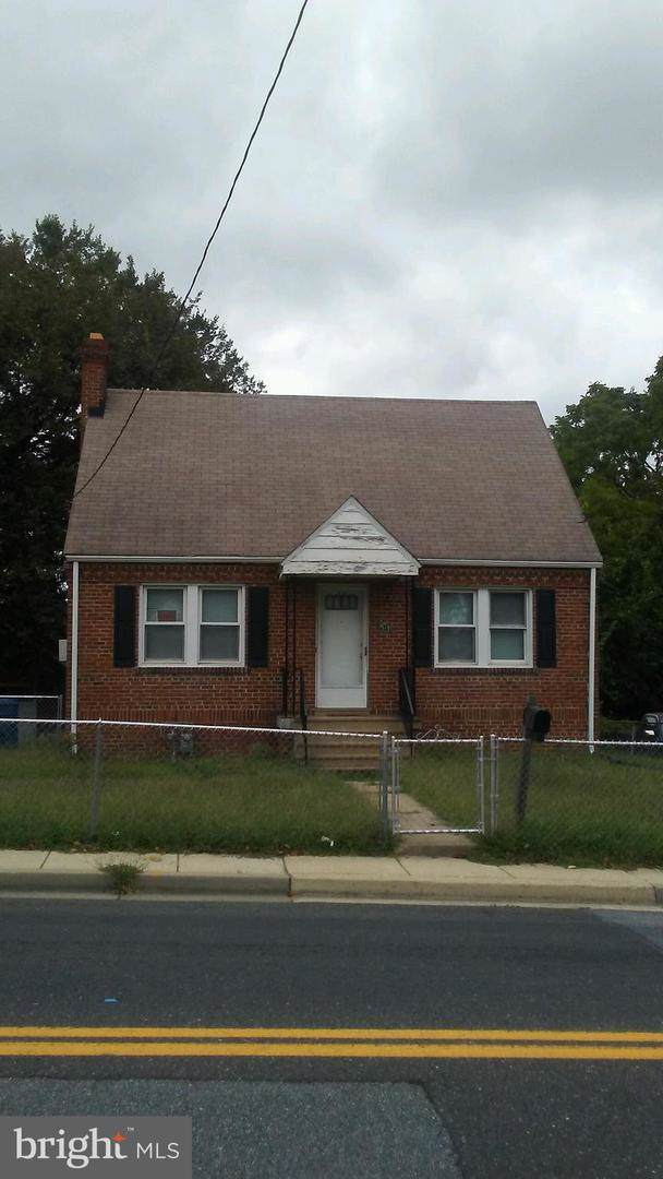 1217 Larchmont Avenue, CAPITOL HEIGHTS, MD 20743 (#MDPG541448) :: Homes to Heart Group