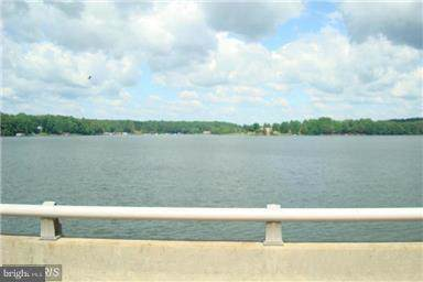 6400 Stubbs Bridge Road, SPOTSYLVANIA, VA 22551 (#VASP215852) :: Keller Williams Pat Hiban Real Estate Group