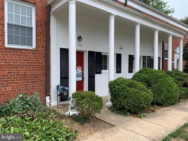 1306 Martha Custis Drive #521, ALEXANDRIA, VA 22302 (#VAAX239446) :: Keller Williams Pat Hiban Real Estate Group