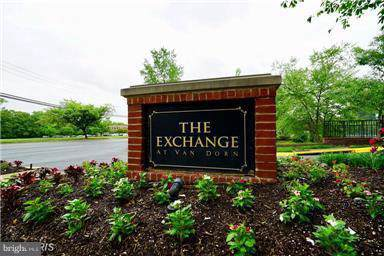4860-4860 E Eisenhower Avenue S #193, ALEXANDRIA, VA 22304 (#VAAX239468) :: The Licata Group/Keller Williams Realty