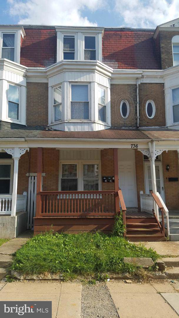 736 W Poplar Street, YORK, PA 17401 (#PAYK124800) :: The Joy Daniels Real Estate Group