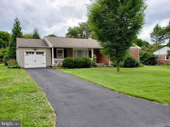 331 Maxson Road, LANCASTER, PA 17601 (#PALA140058) :: Keller Williams Real Estate