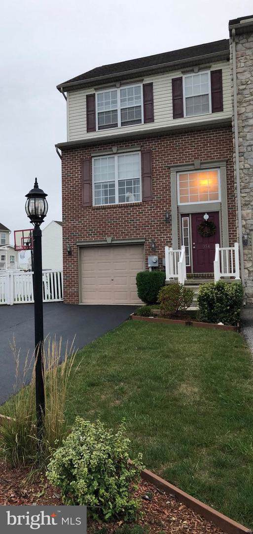 354 Mineral Drive, YORK, PA 17408 (#PAYK125032) :: The Craig Hartranft Team, Berkshire Hathaway Homesale Realty