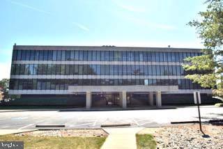 2616 Sherwood Hall Lane #304, ALEXANDRIA, VA 22306 (#VAFX1090256) :: Jennifer Mack Properties