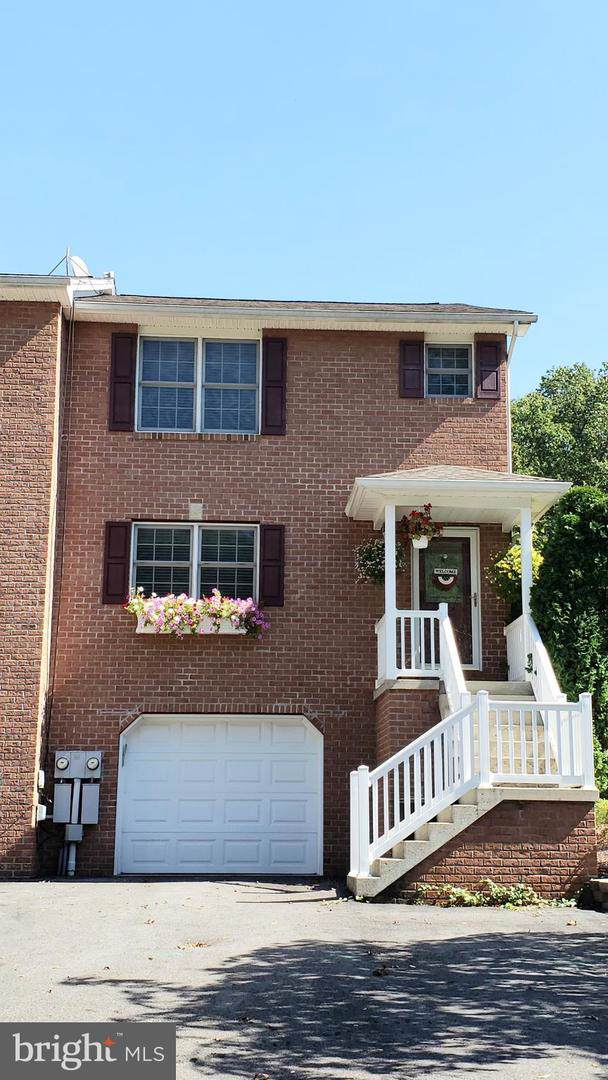 384 Mchenry Street, LAVALE, MD 21502 (#MDAL132792) :: The Bob & Ronna Group