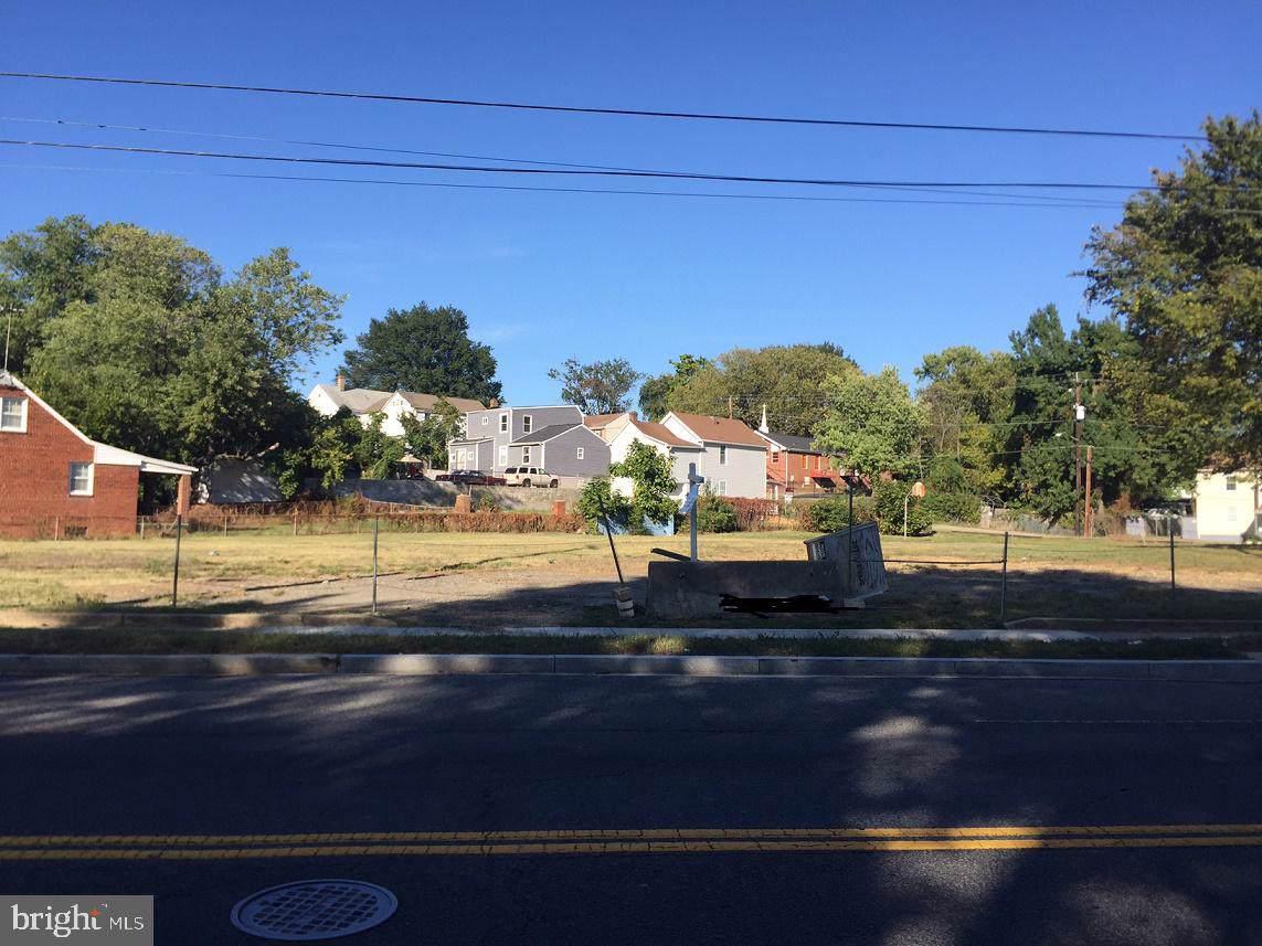 711 Eastern Avenue - Photo 1
