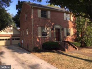 31 N Irving Street, ARLINGTON, VA 22201 (#VAAR154998) :: AJ Team Realty