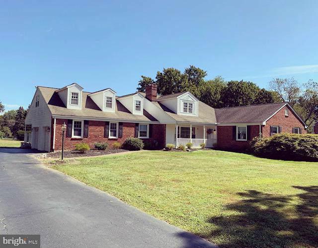 425 Green Hill Lane, BERWYN, PA 19312 (#PACT489740) :: Jason Freeby Group at Keller Williams Real Estate