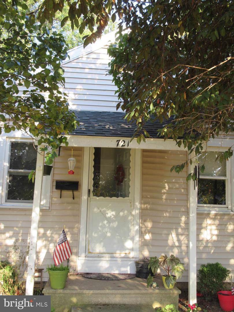 721 Lancaster Avenue - Photo 1