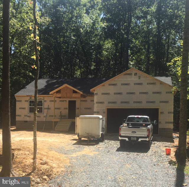 806 Confederate Drive, LOCUST GROVE, VA 22508 (#VAOR135166) :: ExecuHome Realty