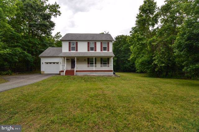 299 Woodberry Drive, MONTROSS, VA 22520 (#VAWE115278) :: Pearson Smith Realty