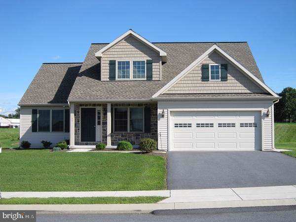 11 Meadowlark Lane, MYERSTOWN, PA 17067 (#PABK348888) :: ExecuHome Realty