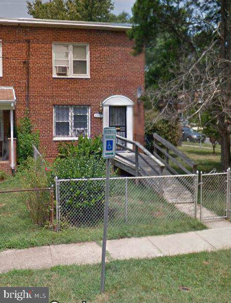 6314 Carrington Court, CAPITOL HEIGHTS, MD 20743 (#MDPG546330) :: Coleman & Associates
