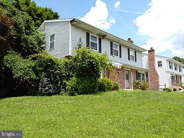 201 Emily Lane, MARCUS HOOK, PA 19061 (#PADE502076) :: ExecuHome Realty