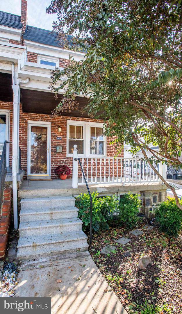 1435 W 37TH Street, BALTIMORE, MD 21211 (#MDBA487218) :: Mortensen Team