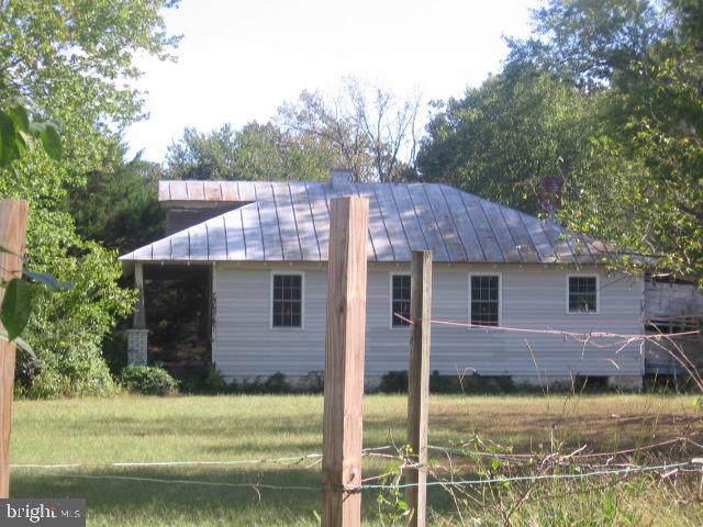 13258 Farmer Drive, WOODFORD, VA 22580 (#VACV121046) :: Eng Garcia Grant & Co.