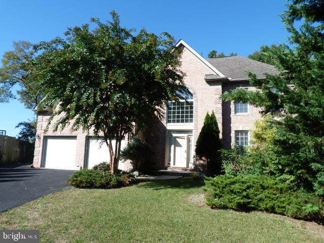 11504 Woodview Court, HAGERSTOWN, MD 21742 (#MDWA168512) :: The Maryland Group of Long & Foster