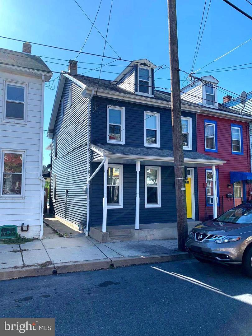 542 2ND Street - Photo 1