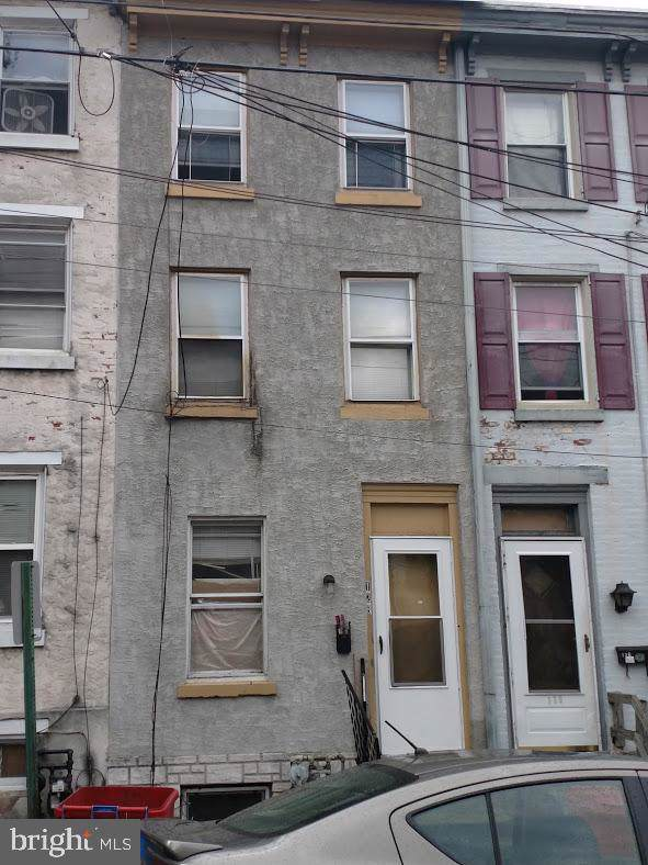 128 W Airy Street, NORRISTOWN, PA 19401 (#PAMC628574) :: Tessier Real Estate