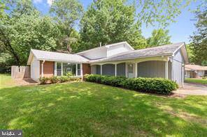 1716 Temi Drive, WALDORF, MD 20601 (#MDCH207698) :: Corner House Realty