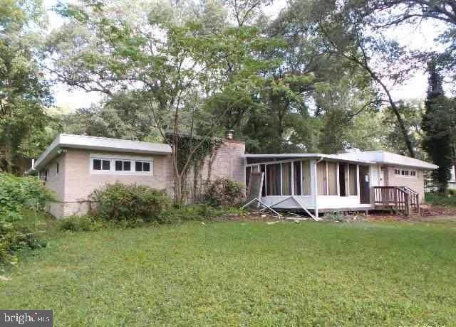 8244 Old Mill Road, PASADENA, MD 21122 (#MDAA416312) :: Corner House Realty