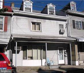 428 E Norwegian Street, POTTSVILLE, PA 17901 (#PASK128314) :: Younger Realty Group