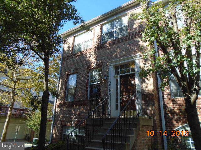 13040 Town Commons Drive, GERMANTOWN, MD 20874 (#MDMC684352) :: The Daniel Register Group