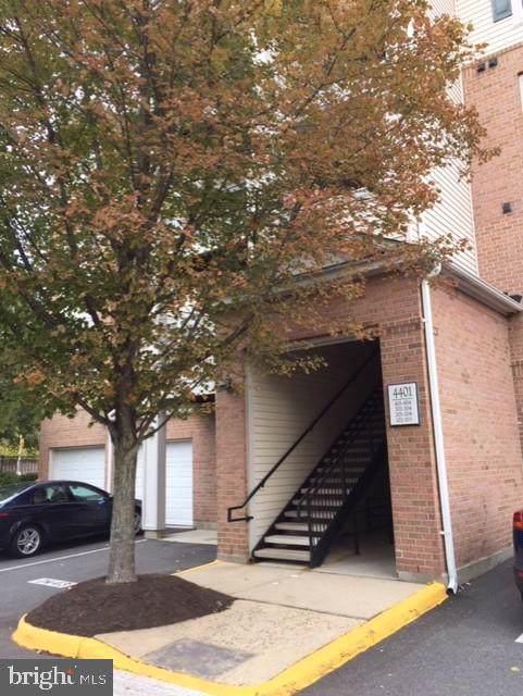 4401 Weatherington Lane #201, FAIRFAX, VA 22030 (#VAFX1096004) :: Keller Williams Pat Hiban Real Estate Group