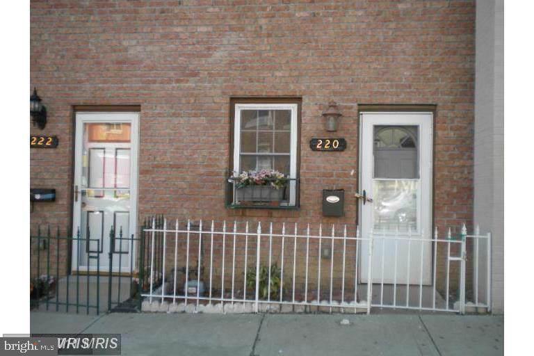 220 Fulton Avenue - Photo 1