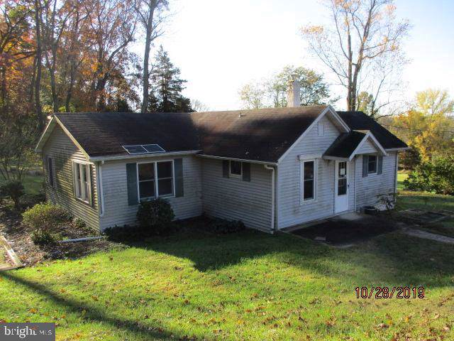 1970 Gross Road, POTTSTOWN, PA 19464 (#PAMC629910) :: The John Kriza Team
