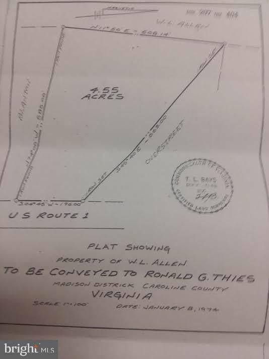 Jefferson Davis, WOODFORD, VA 22580 (#VACV121170) :: The Licata Group/Keller Williams Realty