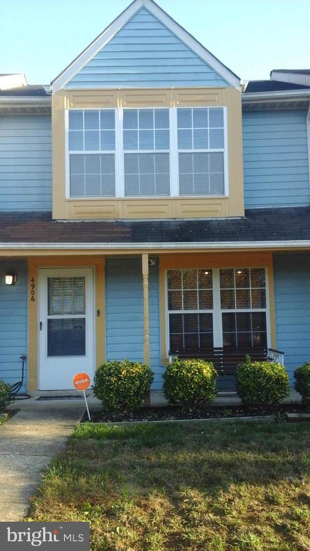4906 Marlborough Grove, UPPER MARLBORO, MD 20772 (#MDPG549720) :: The Maryland Group of Long & Foster Real Estate