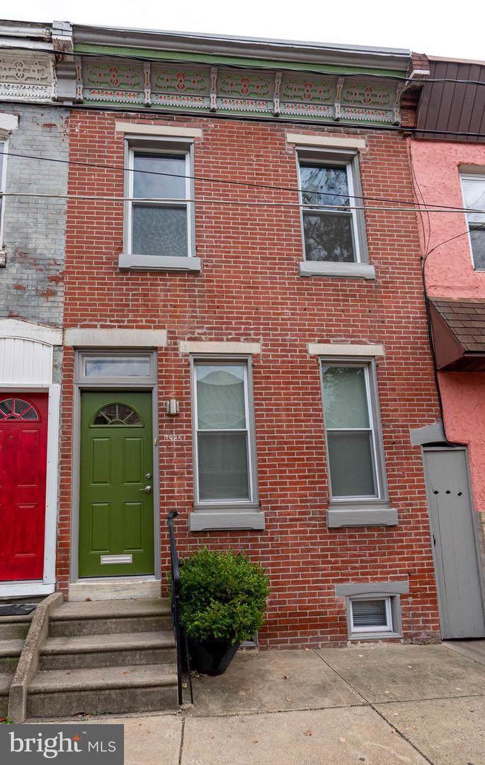 2985 Mercer Street - Photo 1