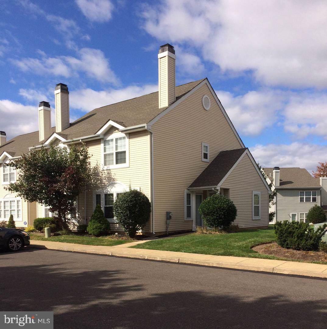 1205 Kenwood Drive - Photo 1