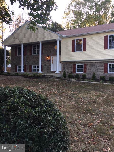 2795 Berry Hills Road, WALDORF, MD 20603 (#MDCH208540) :: The Maryland Group of Long & Foster Real Estate