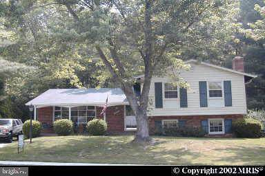 12507 Colby Drive, WOODBRIDGE, VA 22192 (#VAPW482816) :: Dart Homes