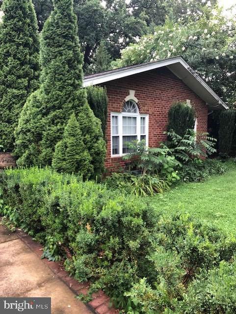 3418 Country Hill Drive, FAIRFAX, VA 22030 (#VAFC119124) :: Larson Fine Properties