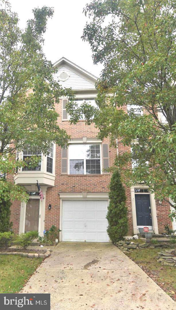 3949 Brickert Place, WOODBRIDGE, VA 22192 (#VAPW483000) :: Dart Homes
