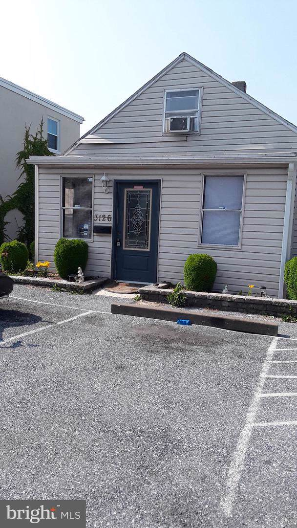 3126 Sycamore Street, HARRISBURG, PA 17111 (#PADA116956) :: TeamPete Realty Services, Inc