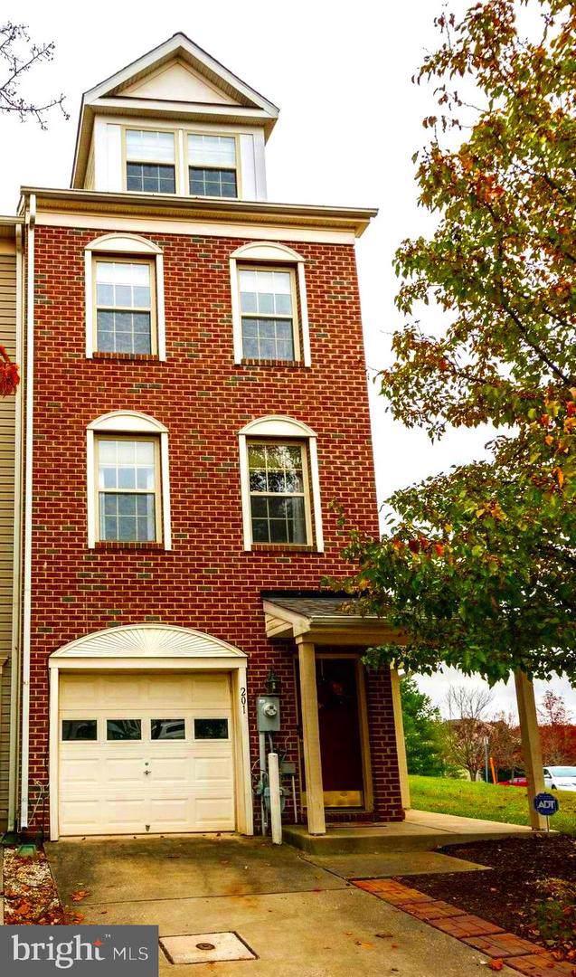 201 Toddson Lane, OWINGS MILLS, MD 21117 (#MDBC479046) :: Jim Bass Group of Real Estate Teams, LLC