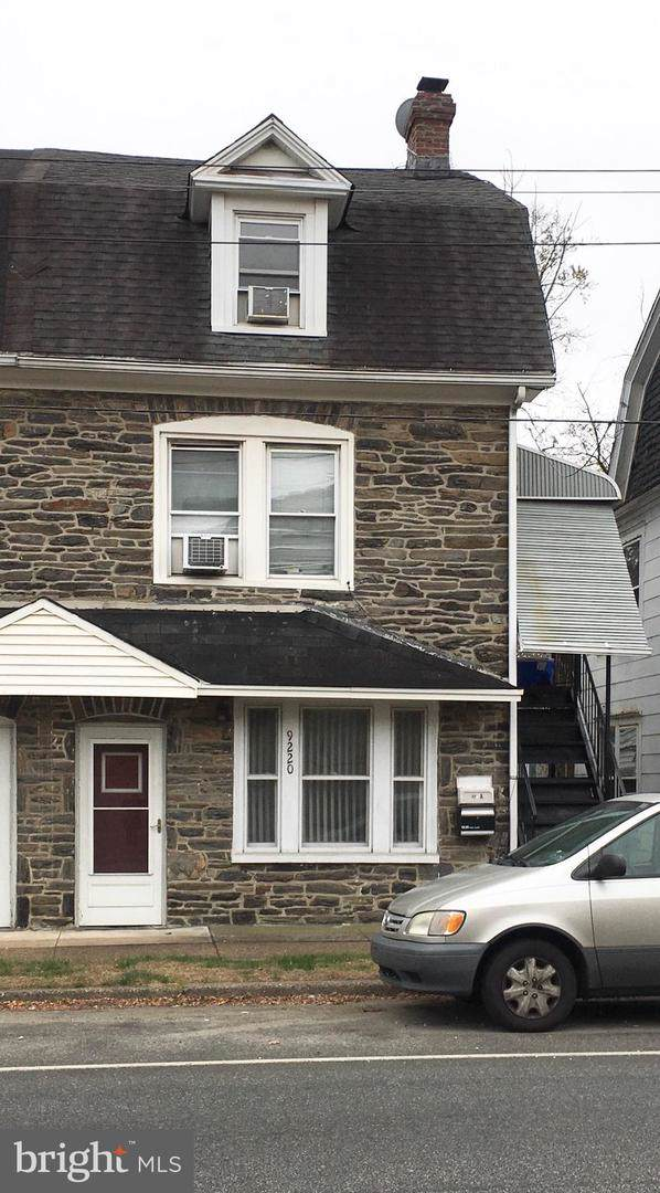 9220 West Chester Pike, UPPER DARBY, PA 19082 (#PADE504852) :: The John Kriza Team
