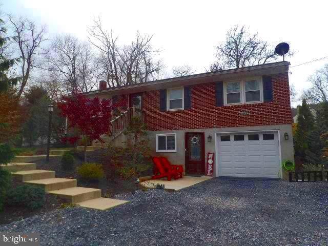 648-C Fishing Creek Road, NEW CUMBERLAND, PA 17070 (#PAYK129066) :: The Matt Lenza Real Estate Team