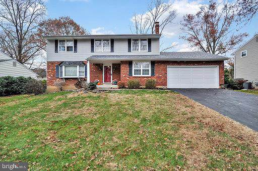 2313 Lighthouse Lane, WILMINGTON, DE 19810 (#DENC491394) :: The Team Sordelet Realty Group