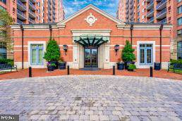 11710 Old Georgetown #314, ROCKVILLE, MD 20852 (#MDMC688476) :: AJ Team Realty