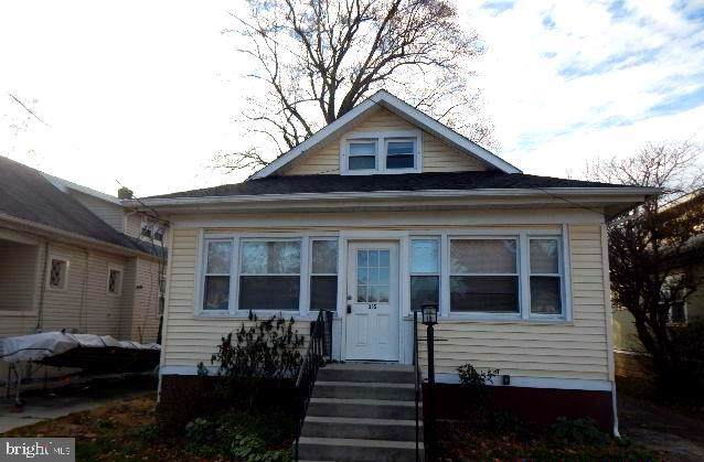 305 W Oakland Avenue, OAKLYN, NJ 08107 (#NJCD382212) :: Scott Kompa Group