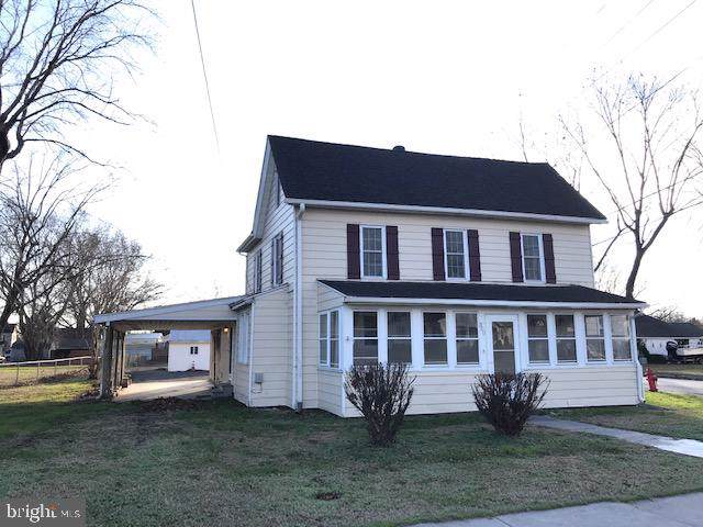 300 S Bay Street, SNOW HILL, MD 21863 (#MDWO110780) :: RE/MAX Coast and Country