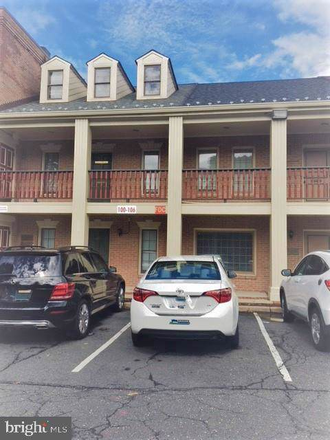 106 E Broad Street #106, FALLS CHURCH, VA 22046 (#VAFA110844) :: Jacobs & Co. Real Estate